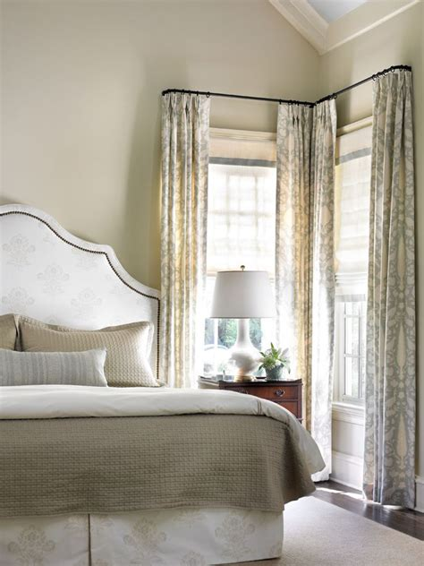 corner window curtain 25 best ideas about corner window curtains on pinterest