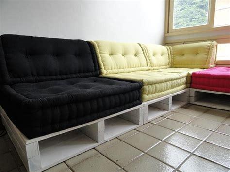 divano pallet divani economici ecosostenibili e alla moda usiamo il