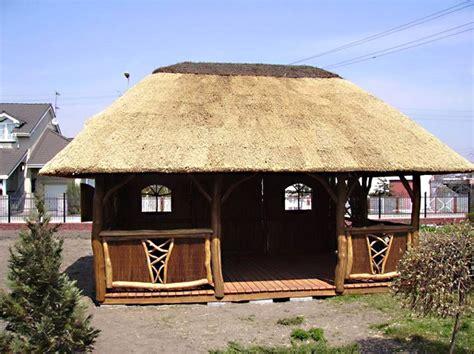 pavillon polen reetdach gartenpavillon
