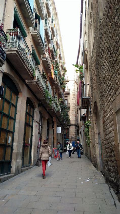 barcelona quarters gothic quarter barcelona visions of travel
