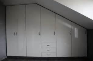 placard sous pente chambre mansard 233 rangement sous pente