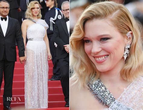 lea seydoux red carpet fashion awards lea seydoux in louis vuitton everybody knows cannes