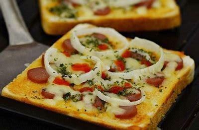 membuat pizza dengan roti tawar resep pizza mini dengan roti tawar sederhana enak