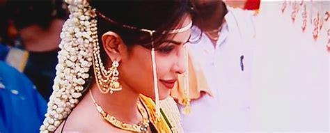 priyanka chopra agneepath photos priyanka chopra in agneepath bollywood brides