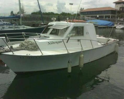 cabin cruiser boats for sale build pontoon boat seats cabin cruiser boats for sale in ohio