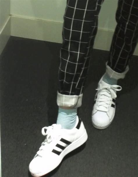 black and white grid pattern pants pants grid black black and white grid tumblr