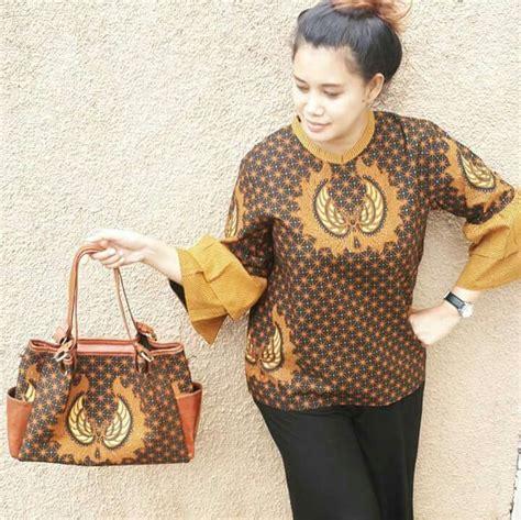 Sarimbit Blus Batik C8 top 6793 ideas about batik ideas on fashion weeks blouses and dresses