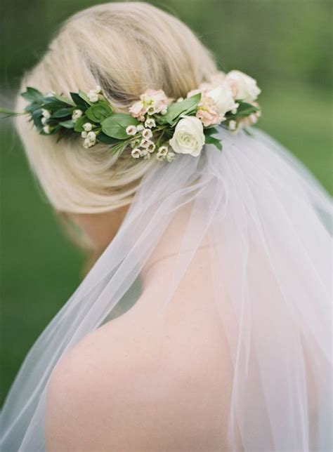 Wedding Hairstyles Veil And Flower 25 best ideas about flower crown veil on