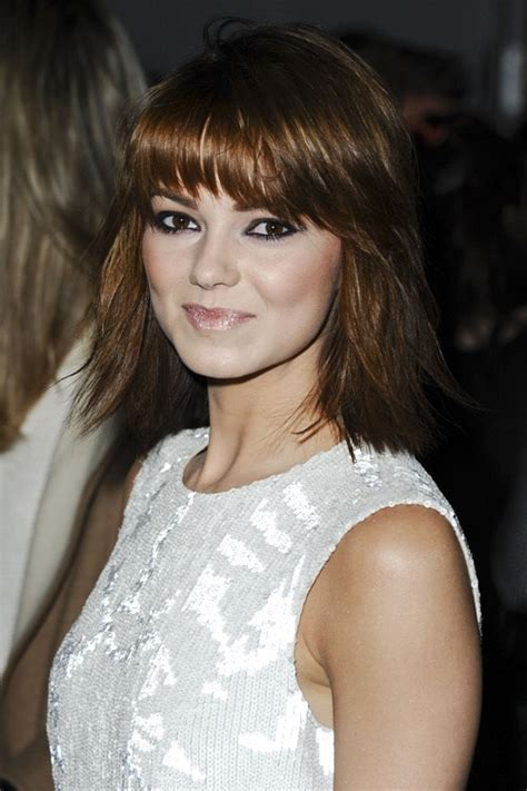 long shag haircuts for round faces 30 stunning medium hairstyles for round faces