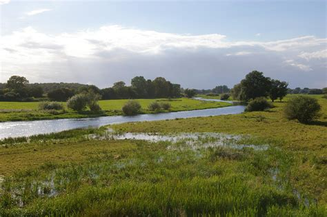 what are flood plains file alandfloodplain jpg wikimedia commons