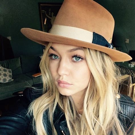 Gigi Hadid On Instagram | supermodel selfies gigi hadid s most gorgeous instagrams
