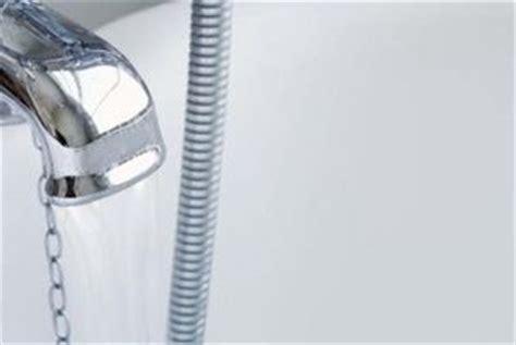 rubinetto perde rubinetto lavabo perde da sotto deitranet