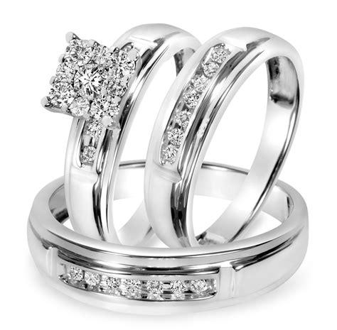1/2 CT. T.W. Diamond Trio Matching Wedding Ring Set 10K