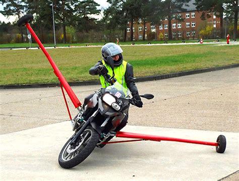 Fahrsicherheitstraining Motorrad by Kreisverkehrswacht Lippe Motorrad Sht Sicherheitstraining