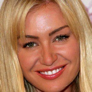 what the name of actress that plays porshia in empire portia de rossi bio facts family famous birthdays