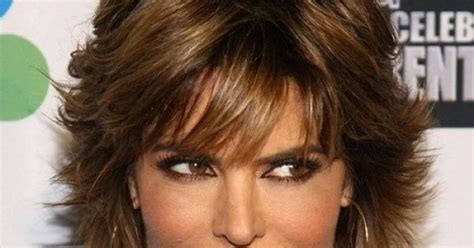 tips for cutting and styling lisa rinna hairstyle hairstyles to look younger lisa rinna hairstyles how to