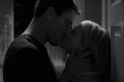Imagenes En Movimiento Kamasutra | is that dear john gifs find share on giphy