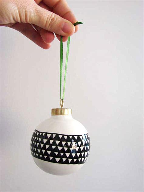 12 cool diy christmas ornaments for christmas decoration