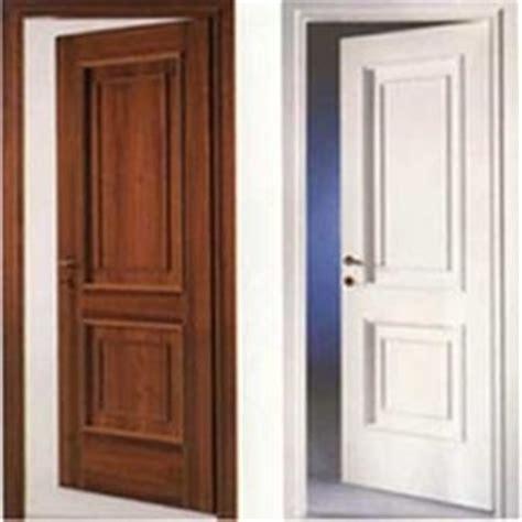 montare porte interne porte in legno montaggio sul controtelaio