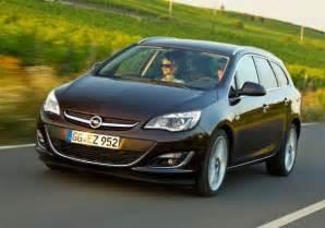 Opel Astra Sports Tourer 2014 Foto Nuova Opel Astra Sports Tourer My 2014 Tre Quarti