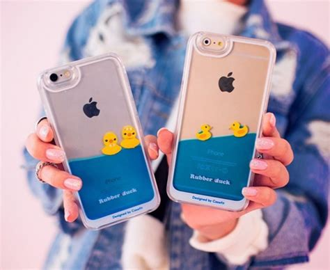 Hardcase Chanel Make Up Shining Cover Samsung Galaxy J1 Ace floating swimming yellow rubber duck 3d liquid