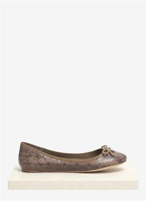 burch sale shoes flats burch chelsea water snake leather ballerina flats in