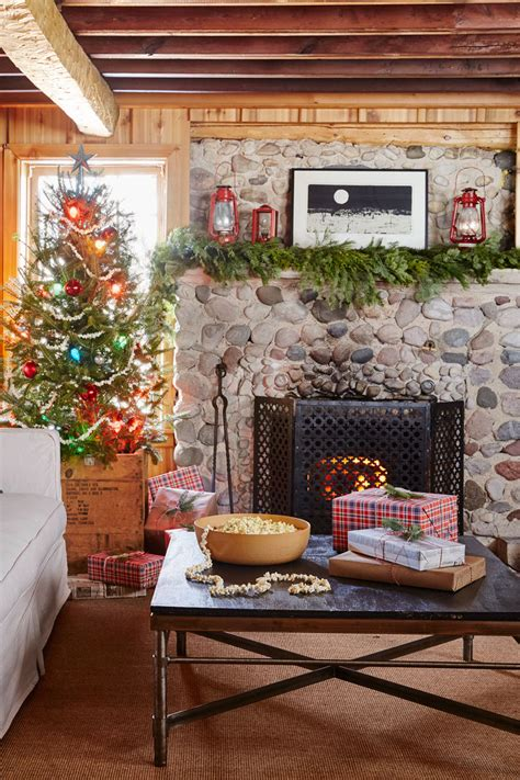 country christmas mantel decorating ideas 28 mantel decorations ideas for fireplace mantel decorating