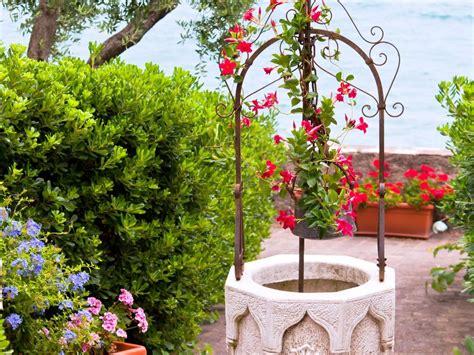 un puits d 233 coratif pour habiller jardin