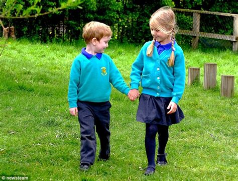 Dexter Comfort Northampton Five Year Old Saves The Life Of Friend Choking