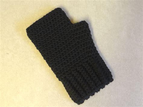 simple pattern fingerless gloves two little c s simple fingerless gloves for the whole family