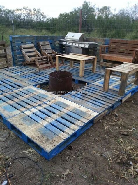 Diy Pallet Patio Decks With Furniture Pallet Wood Projects How To Build A Patio Deck