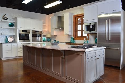 kitchen appliances san antonio san antonio appliances cabinets showroom appliances