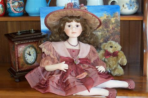 porcelain doll store lizzie s arty crafty n dolls dolls a homeart