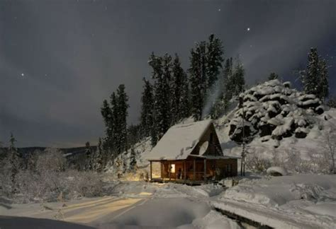 awesome small cottages go ahead far away unique cabins in the woods 47 pics izismile com