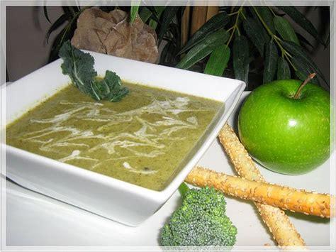 potage au brocoli et aux pommes vertes recettes qu 233 becoises