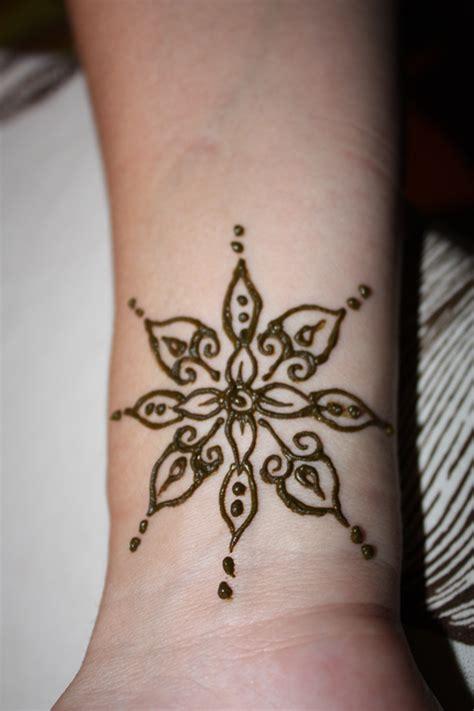 henna design wrist henna wrist 8 brooke harker