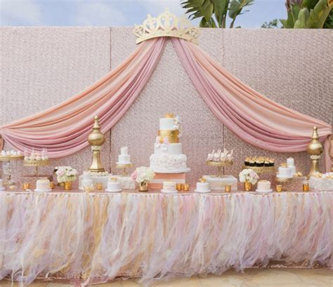 25  best ideas about Princess Baby Showers on Pinterest   Baby shower table, Baby shower table