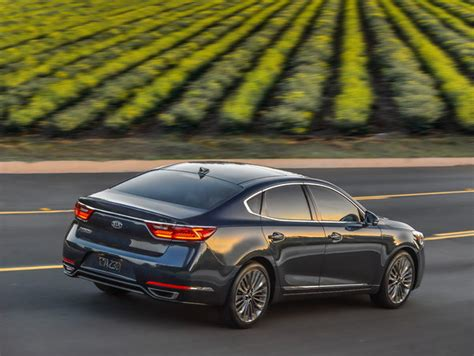 kia k7 review 2017 kia cadenza car review top speed