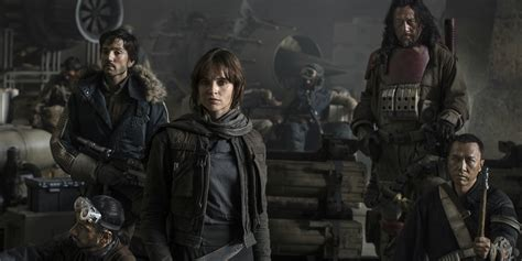 star wars rogue one rogue one a star wars story reshoots rumor breakdown