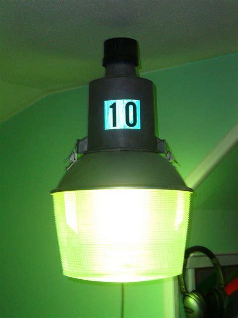 can mercury in light bulbs hurt you mercury vapor light hazards decoratingspecial com