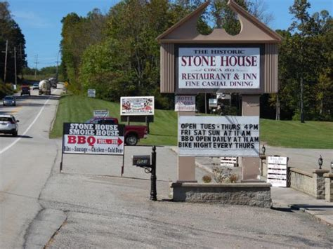 stone house restaurant hog fries picture of stone house restaurant farmington tripadvisor