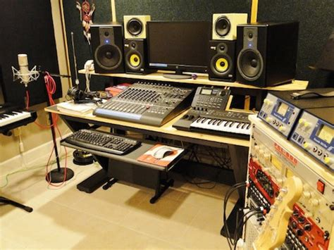 Cheap Recording Studio Desk 5 Awesome Recording Studio Desk Plans On A Budget