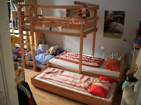offset bunk beds offset bunk beds bed www funkybunk co uk gallery space