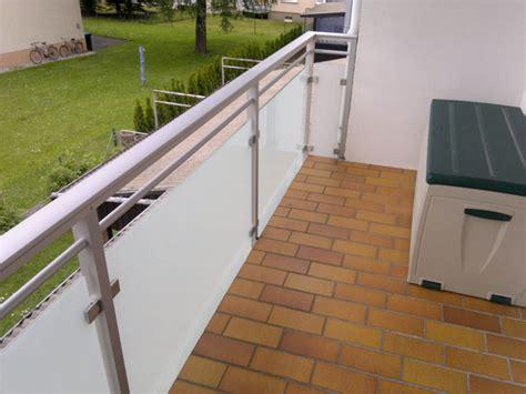 überdachung Alu Glas by Balkongel 228 Nder Und Balkonverkleidung Aus Aluminium Und