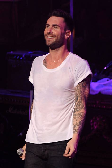 adam levine tattoo sleeve adam levine sleevetattoo adam levine looks stylebistro