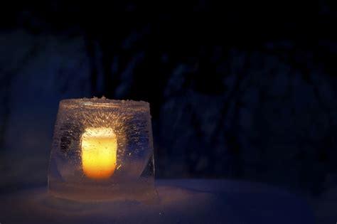 bilder gartendeko winter gartendeko im winter windlichter aus eis selber basteln