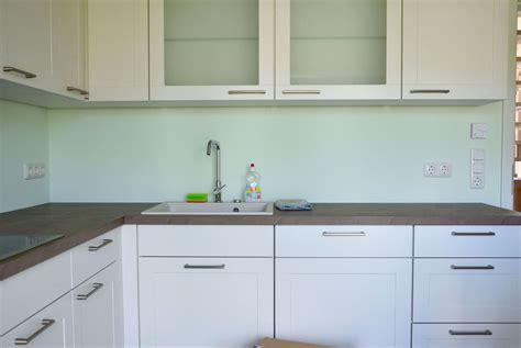 küche dunkle kabinette wohnwand g 252 nstig