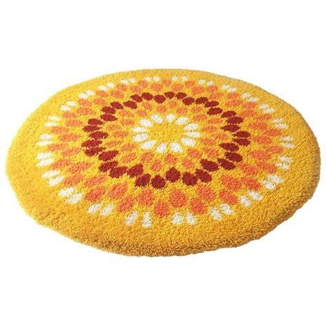 pop rug vintage pop rug flower power 1970s modernist mid century for sale at 1stdibs