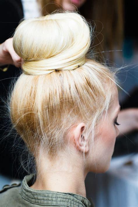 cool hair donut chignons des photos pour s inspirer trendy mood