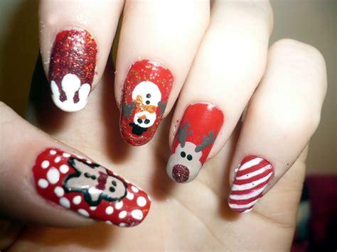 Christmas Pattern Nails | christmas nail art designs acrylic nail designs